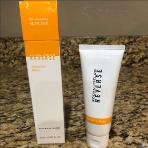 Rodan & Fields Reverse Radiance Mask- Brand New